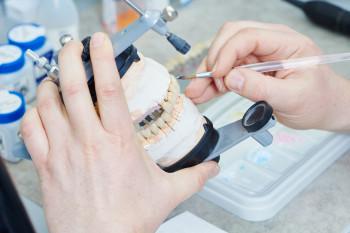 Prothésistes dentaire